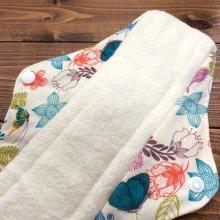 他の写真1: フラワーバタフライ(カラフル)【抗菌・消臭・高吸収】繰り返し使えてお肌に優しい布ナプキン
