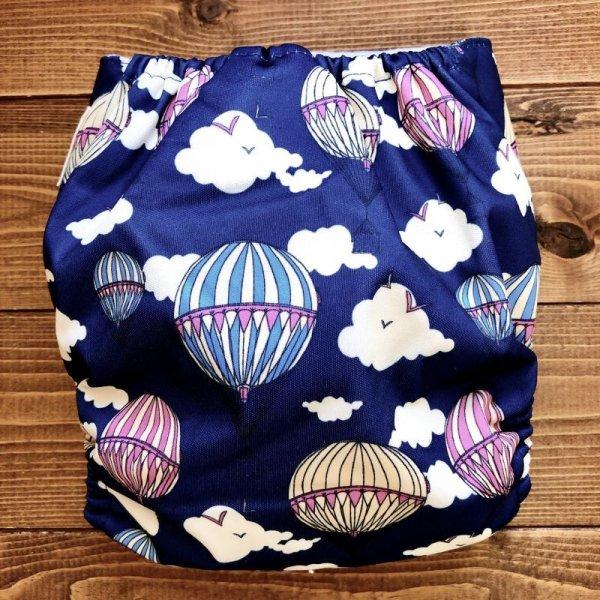 画像4: 気球(ネイビー)【布おむつ本舗オリジナル】ポケット式ワンサイズおむつカバー(マジックテープ/ツルツル生地)雲 ,空