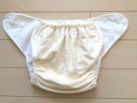 画像2: 立ったまま履けるパンツ型ワンサイズおむつ「もこもこミルク」トレパンにも♪