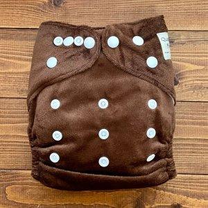 画像1: もこもこショコラ【布おむつ本舗オリジナル】ポケット式ワンサイズおむつカバー(スナップ/ミンキー素材)モコモコ 赤ちゃんらしくてかわいい♪茶色,ブラウン (1)
